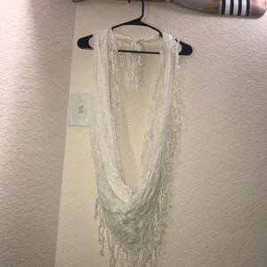 Accessories - White fringe scarf